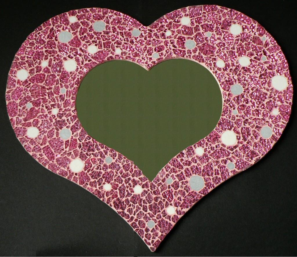 mosaique miroir coeur crackle rose