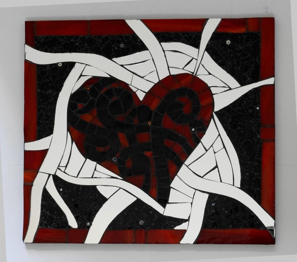 Cadre mosaique coeur entrelacé carreau de verre et miroir